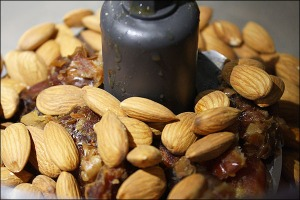 dates_almonds