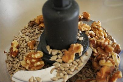 walnuts_sunflowerseeds