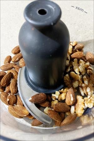 walnuts_almonds